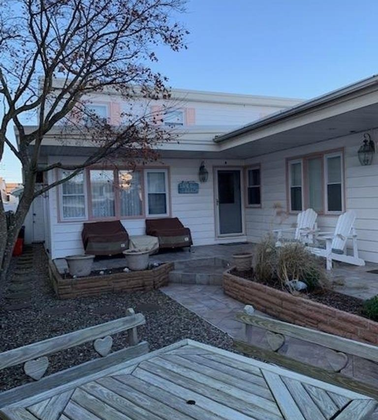 Wildwood Crest Duplex Rental: Wildwood Crest Townhouse