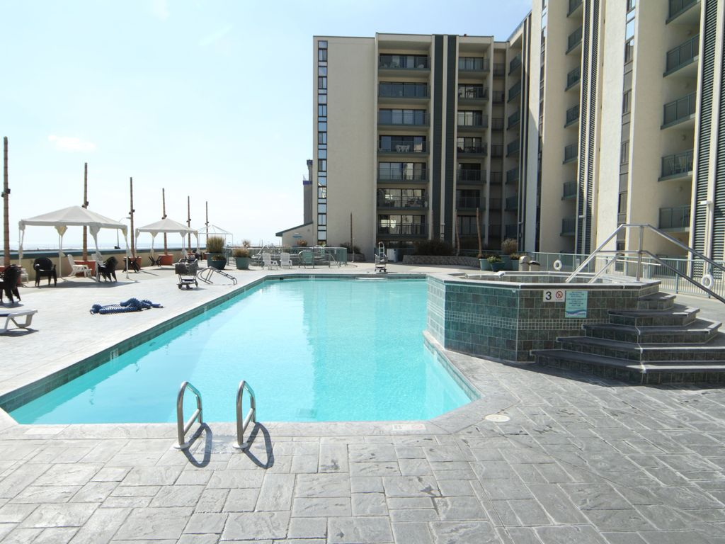 Wildwood Vacation Rentals with POOLS