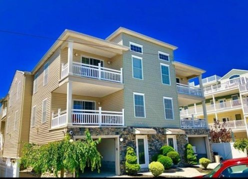 5 bedroom-2BLOCKS to Convention Center Park&Walk all week!