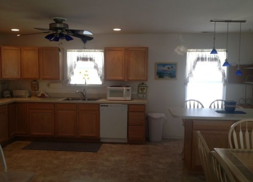 Wildwood Townhome with Key West Flair 1600 sq ft