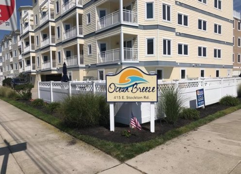 Beach Block Condo, 3 Bdrms, 2 Baths, Pool, Elevator & WiFi