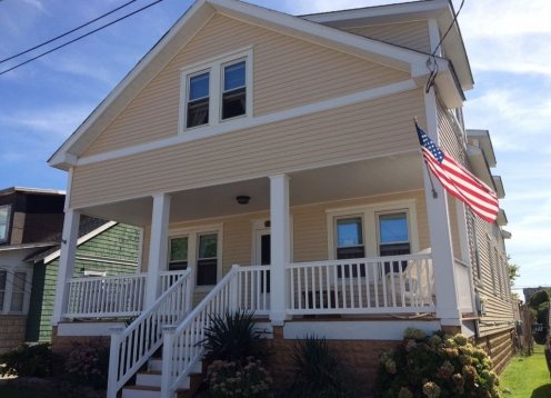 Large Wildwood NJ Vacation Home Sleeps 16 - Steps to Beach & Boards