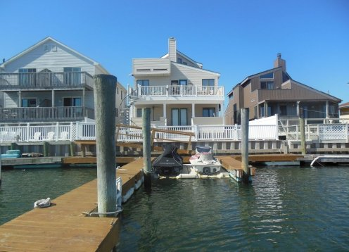 Water Front Condo Beautiful family oriented 3Bdr Boat Slips